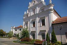 Внутрішній двір єзуїтського кляштору Вінниці