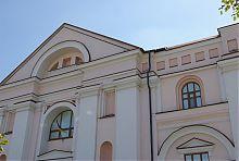 Центральний фасад першого костелу Вінниці