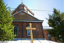 Західний фасад Різдвяно-Богородицької церкви в Солотвині