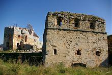Надбрамна вежа Пнівського замку