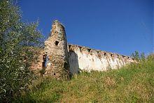 Східна вежа замку Куропатвів