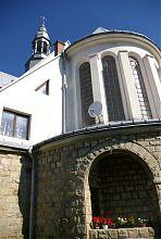 Апсида надвірнянського костелу Успіння Пресвятої Діви Марії