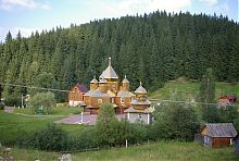 Православний комплекс святого Василя Великого в Яблуниці