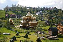 Православний Василівський храм в Яблуниці