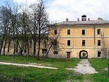 Северный корпус казарм Каменец-Подольской крепости
