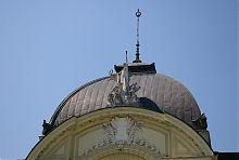 Купол центрального ризаліту чернівецького театру