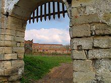 Главные ворота Старосельского замка