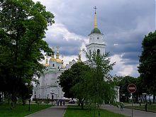 Северо-западный фасад полтавского Свято-Успенского собора
