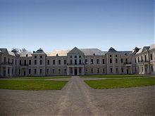 Центральный корпус Вишневецкого дворца
