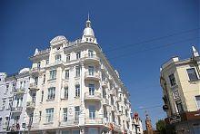 """Северо-западный фасад винницкой бывшей гостиницы """"Савой"""""""