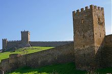 Северо-восточная часть генуэзской крепости в Судаке