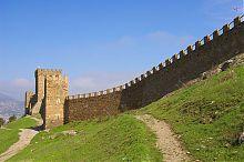 Георгиевская башня генуэзской крепости в Судаке