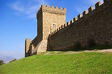 Консульский замок генуэзской крепости в Судаке