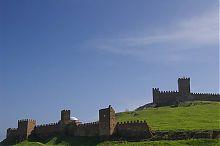 Восточная часть генуэзской крепости в Судаке