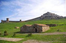 Складські приміщення генуезької фортеці в Судаку