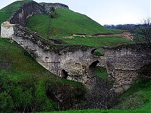 Западная стена Новой части Хотинской крепости