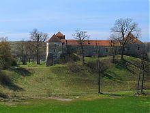 Северо-восточный фасад Свиржского замка Львовщины