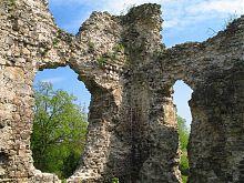 Южный угол Середнянского замка