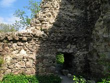 Западная часть Середнянского замка