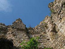 Фрагменты третьего яруса Середнянского замка