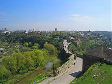 Замковий міст з боку Кам'янець-Подільської фортеці
