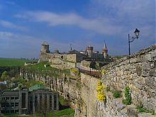 Замковий міст з боку Старого міста Кам'янця-Подільського