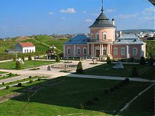 Французский парк в Золочевском замке Львовщины
