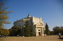Центральний вхід панорами Оборона Севастополя на Історичному бульварі