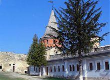 Внутрішній двір фортеці в Кам'янець - Подільському