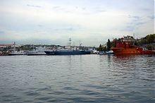 Вход в севастопольскую Южную бухту