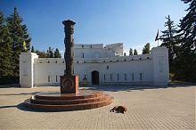 Центральний північно-західний фасад Малахової вежі Севастополя