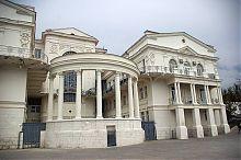 Західний фасад севастопольського Палацу дитинства і юності