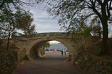 Міст закоханих севастопольського Приморського бульвару