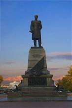 Севастопольский памятник Нахимову